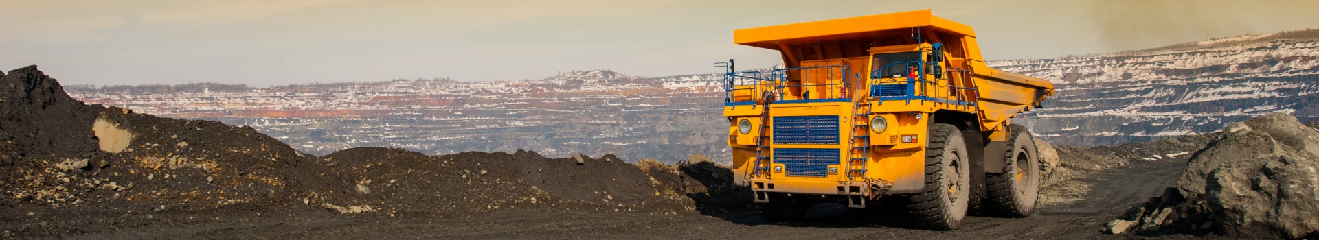 8 Critical Issues That Will Be Impacting the Mining Industry In the Year Ahead hero image